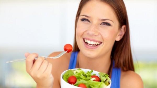 Comer-despacio-reduce-sensacion-hambre_TINIMA20131230_0056_5
